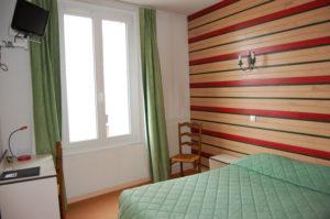 Hôtel Les Trois Maures 71